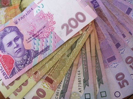 Хотите получить 100 тис. грн. в кредит? (Насколько реально получить кредит в 100 тыс. грн. без справки о доходах, поручителей, прописки и залога).